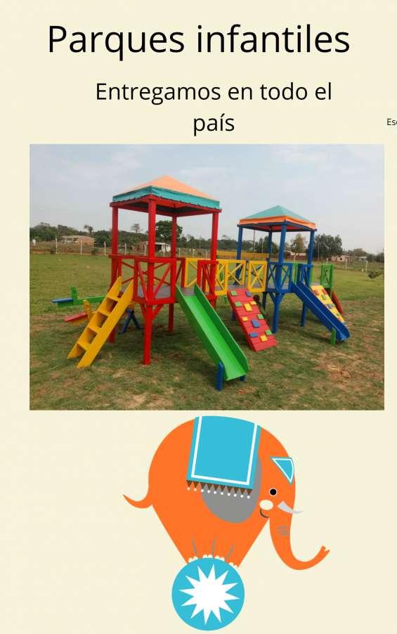 Parques infantiles a media